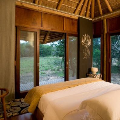 guest-room-at-andbeyond-phinda-homestead-on-a-south-africa-safari.jpg.950x0
