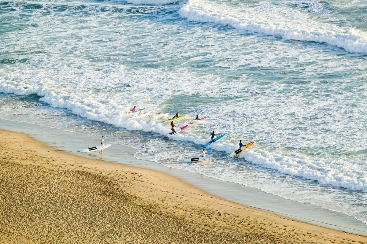 Durban Beach Surf-73068213.jpg