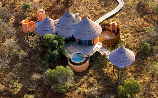 Thanda Safari Lodge - Bush Suite - 3720 - A.JPG