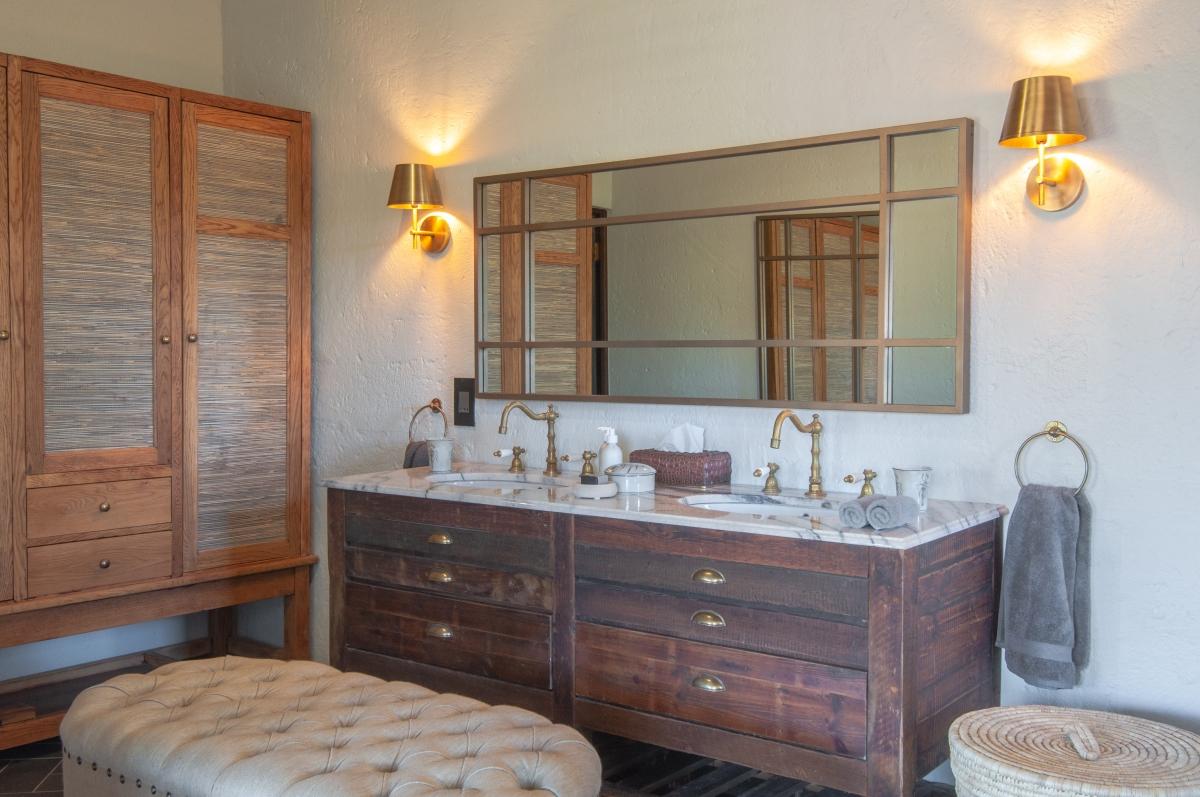 Bathroom Interior 2