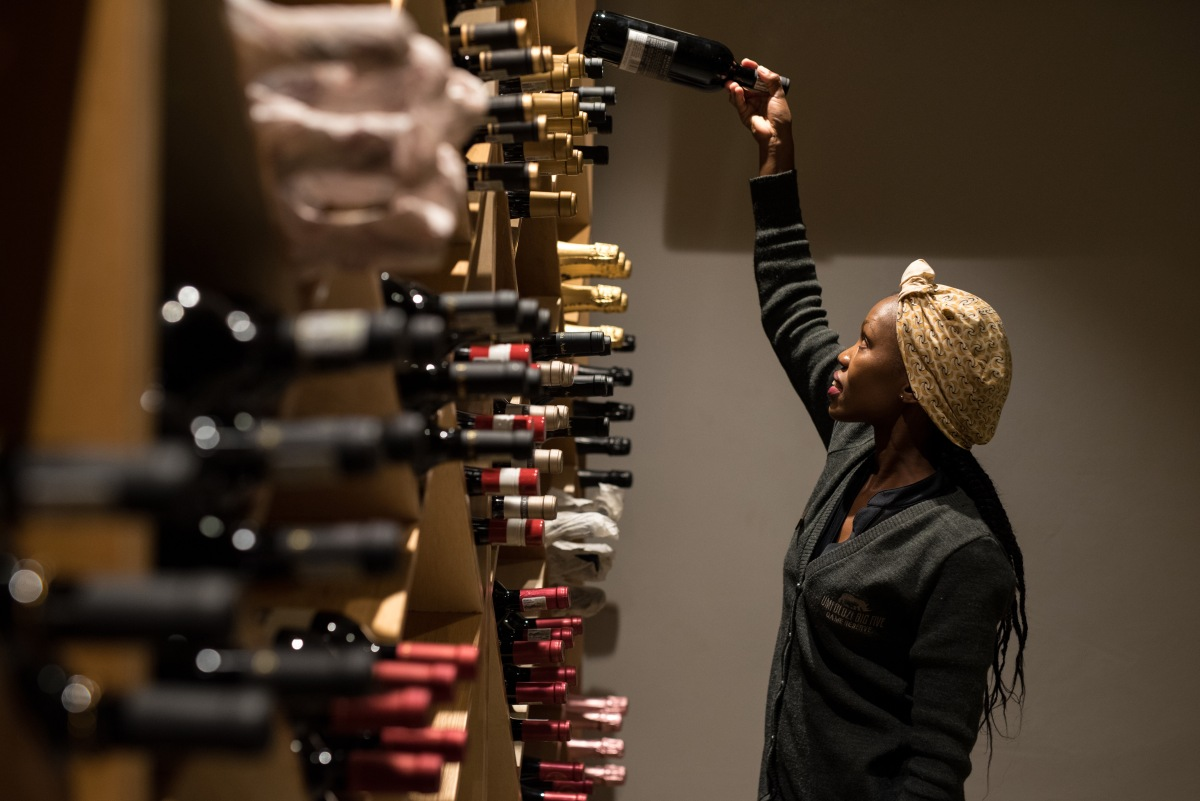 uMfolozi Big Five Reserve - Mthembu_wine Cellar