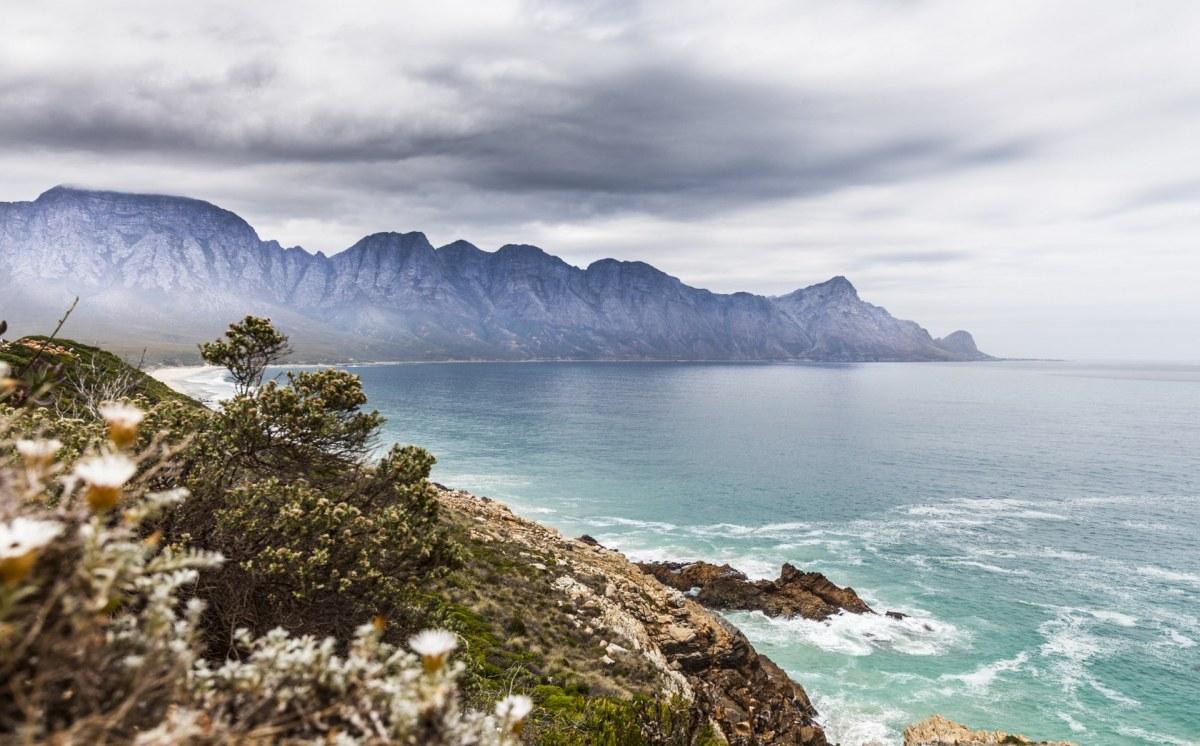 Cape Coast-484863738_1680x1045