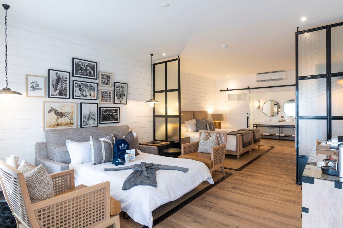 RD bedroom plus sleeper couch.jpg