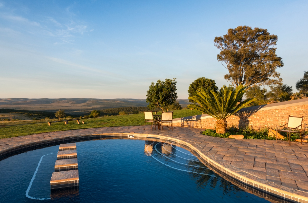 Pool at sunrise_Founders_Lodge_STIRLING_PHOTOGRAPHY.jpg